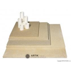 Kiln furniture SET N 150/H (4 pcs shelves, cones)