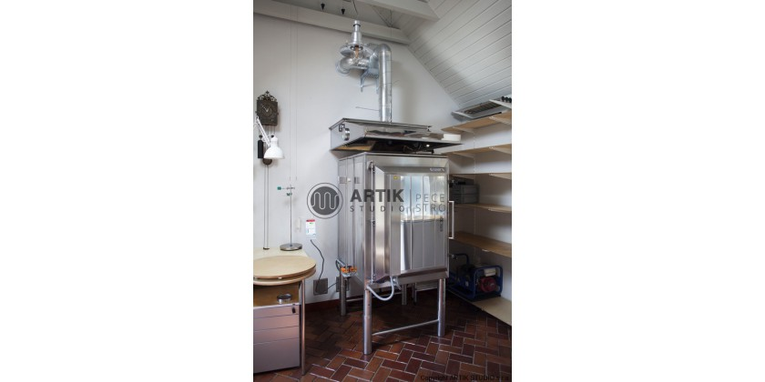 Ceramic kiln Kittec XR 380, pottery wheel Shimpo RK-3D and EX-115